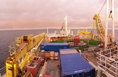 Hoàn thành việc lắp đặt đường cáp điện dưới biển dài nhất thế giới