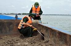 Bắt giữ gần 1.000 m3 cát vận chuyển trái phép trên sông Soài Rạp