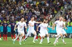 Tứ kết EURO 2020: Chỉ có bóng đá khát khao mới chiến thắng