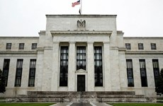 Quan chức Fed: Nhiều ngành đang chật vật để mở cửa trở lại