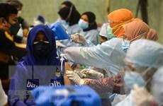 Malaysia ghi nhận số ca nhiễm trong ngày lần đầu vượt 20.000 ca
