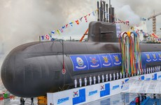 Hải quân Hàn Quốc tiếp nhận tàu ngầm tối tân tự sản xuất đầu tiên
