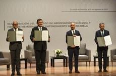 Chính phủ Venezuela và phe đối lập kết thúc vòng đàm phán đầu tiên