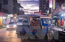 Thủ đô Vientiane lần đầu tiên áp dụng giới nghiêm để ngăn chặn dịch