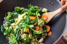 Chế độ ăn uống lành mạnh có thể giúp giảm nguy cơ mắc COVID-19