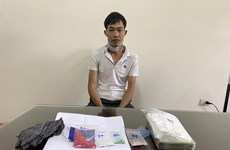 Bắt giữ các đối tượng buôn bán ma túy, chống người thi hành công vụ
