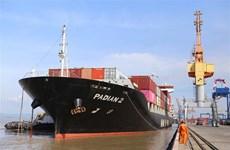 Cảng Hải Phòng đón thành công ba tàu container của Hãng Maersk Line