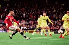 "Solskjaer ca ngợi Ronaldo hết lời sau khi ""từ cõi chết trở về"""