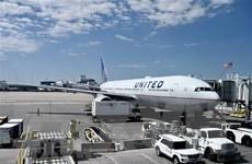 Hãng hàng không Mỹ đứng trước áp lực tiêm phòng bắt buộc