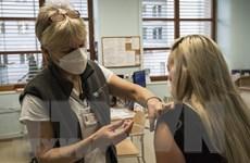 Mỹ: CDC thúc giục người dân tiêm phòng cả COVID-19 và cúm mùa