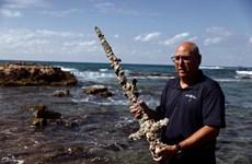 Israel: Phát hiện thanh kiếm 900 năm tuổi ở thành phố cảng Haifa