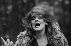 Adele gây bão với đĩa đơn Easy On Me sau 6 năm vắng bóng