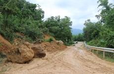 Nhiều tuyến quốc lộ khu vực miền Trung, Tây Nguyên bị sạt lở