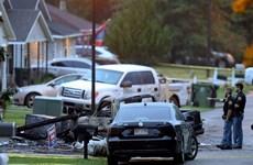 Mỹ: Máy bay cỡ nhỏ rơi xuống nhà dân, 4 người thiệt mạng