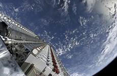 """SpaceX """"bắt tay"""" với Google Cloud phát triển băng thông rộng vệ tinh"""