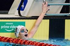 Kình ngư Australia McKeown phá kỷ lục thế giới 100m bơi ngửa nữ