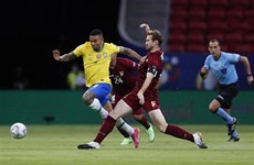 Copa America: Các cầu thủ nhiễm COVID-19, nỗi buồn lớn hơn cả bại trận