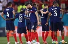 Deschamps: Không đổ lỗi cho Mbappe vì đá hỏng quả penalty quyết định