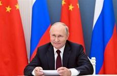 Tổng thống Nga tiết lộ đã được tiêm vaccine Sputnik V ngừa COVID-19