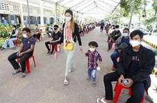 Campuchia tiêm phòng cho thanh thiếu niên trước khi mở lại trường học