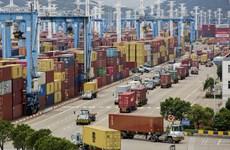 Trung Quốc mở lại bến chính trong cảng đông đúc thứ 3 thế giới