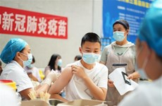 """91% trẻ vị thành niên Trung Quốc được tiêm vaccine """"đầy đủ"""""""