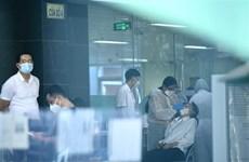 COVID-19: Các bệnh viện phải luôn sẵn sàng đối phó với dịch