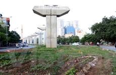 Hà Nội: Đường sắt đô thị chậm tiến độ, dân tranh thủ trồng rau xanh