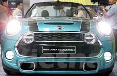 [Photo] Cận cảnh MINI Cooper S Convertible 2016 lịch lãm và sang trọng
