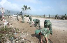Bộ trưởng QP chỉ đạo quân đội ứng phó bão Krosa