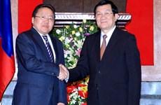 Tổng thống Mông Cổ kết thúc chuyến thăm Việt Nam