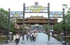 Đối thoại trực tuyến về bảo tồn di sản, phát triển Festival Huế
