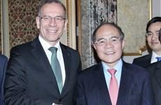 Chủ tịch Quốc hội hội kiến Chủ tịch Hội đồng Nhà nước Thụy Sĩ