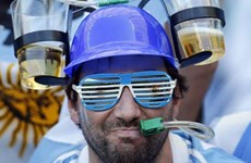 World Cup 2014 - World Cup của bóng đá, bia và ẩu đả
