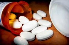 Pháp xuất lô thuốc trị sốt rét bán tổng hợp đầu tiên sang châu Phi