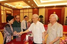 Tổng Bí thư gặp mặt các đại biểu cựu thanh niên xung phong