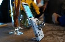 Nikon ra Coolpix S6900, chính thức tham gia vào cơn sốt selfie