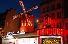Quán rượu Moulin Rouge vẫn là tinh túy của Pháp sau 125 năm