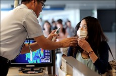Nhiều nước gấp rút tăng đối phó nguy cơ dịch Ebola lây lan