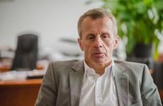 Bộ trưởng Tài chính Estonia từ chức do bình luận trên Facebook