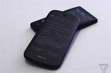 YotaPhone 2 - điện thoại dùng giấy điện tử sắp được bán ra