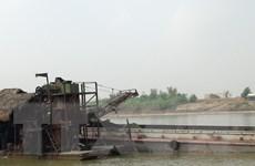 Bà Rịa-Vũng Tàu: Bắt 2 tàu khai thác khoáng sản trái phép