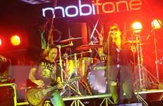 """RockStorm 2014 """"đốt cháy"""" hơn 10.000 khán giả xứ Tây Đô"""