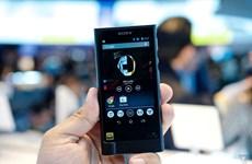 Sony làm mới máy nghe nhạc Walkman với thiết kế tinh tế