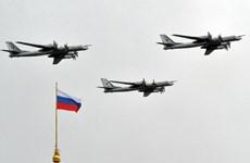 Anh yêu cầu Đại sứ Nga giải thích về vụ Tu-95 bay qua Eo biển Manche