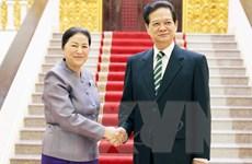 Thủ tướng đề nghị Quốc hội Lào hỗ trợ doanh nghiệp Việt Nam