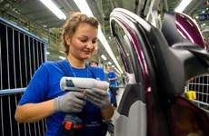 Sản lượng công nghiệp của Nga giảm kỷ lục tháng thứ 4 liên tiếp