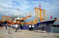 Khuyến khích chủ tàu đóng tàu vỏ thép để được nhận nhiều ưu đãi