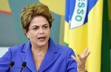 Tổng thống Brazil nỗ lực đối phó với khủng hoảng chính trị