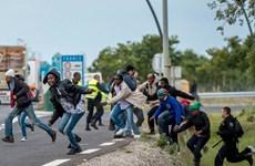 Lãnh đạo Pháp và châu Âu thị sát điểm nóng về người nhập cư